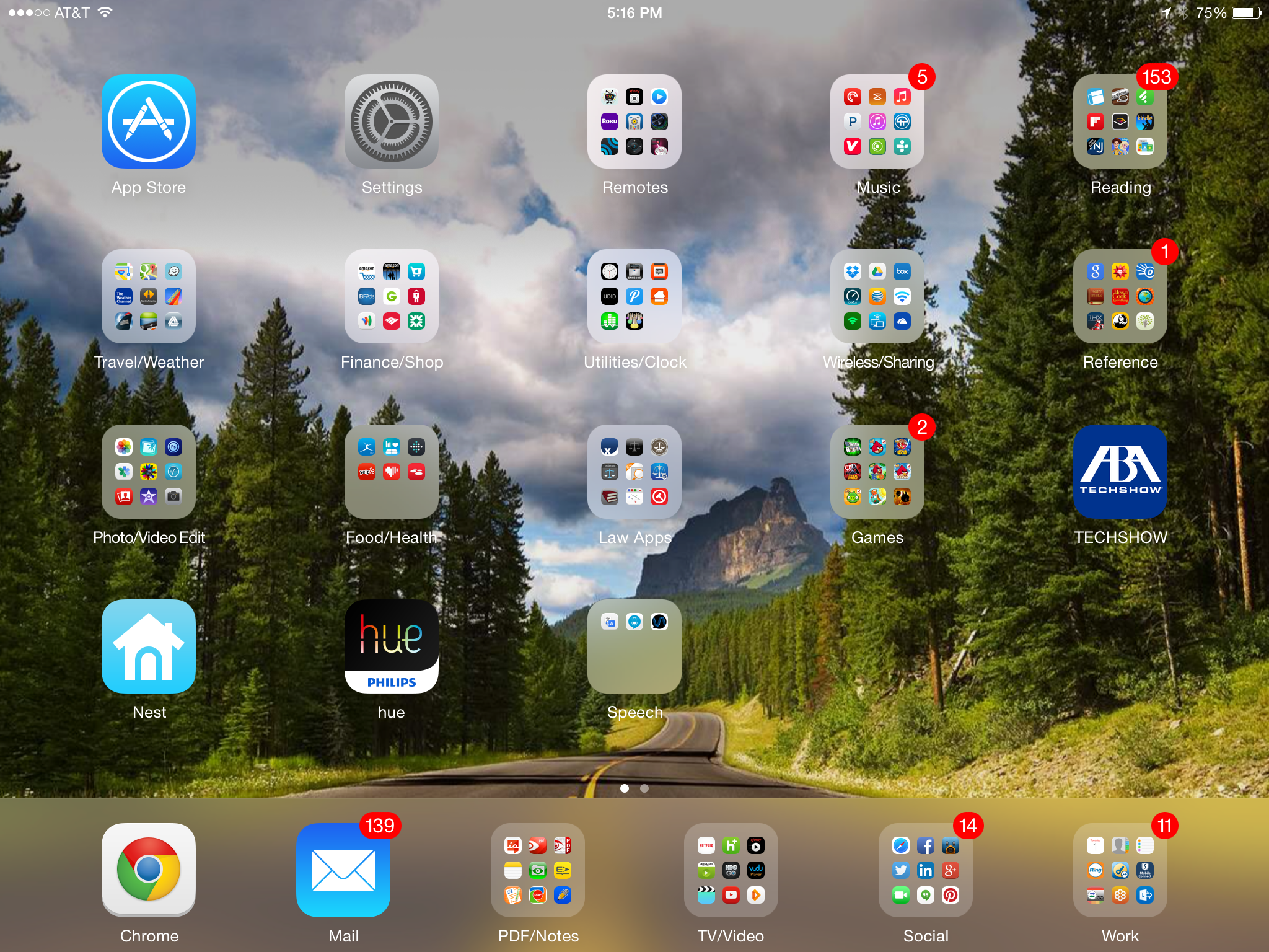 Tip for organizing your ipad or iphone apps iplugdelaware for Cool way to arrange iphone apps